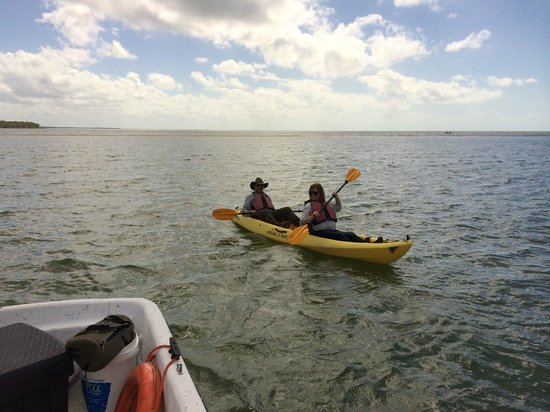 Everglades Area Tours: Kayaking near boat
