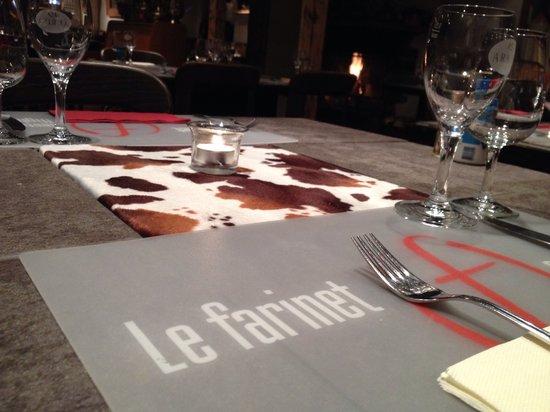 Farinet Restaurant & Nightclub: L'intérieur