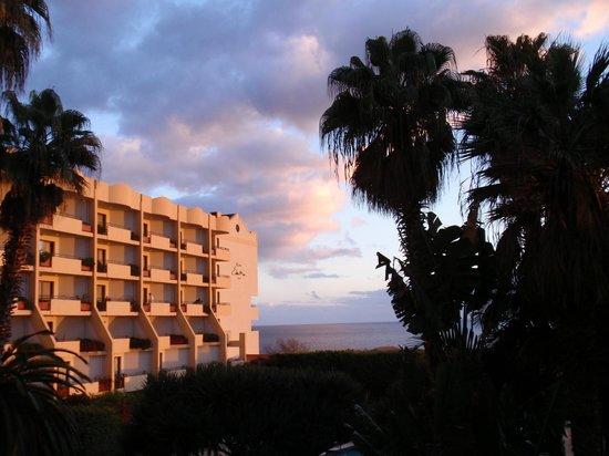 Suite Hotel Eden Mar : An evening at Eden Mar
