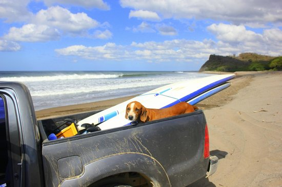Soma Surf Resort : surf lessons with Rudy