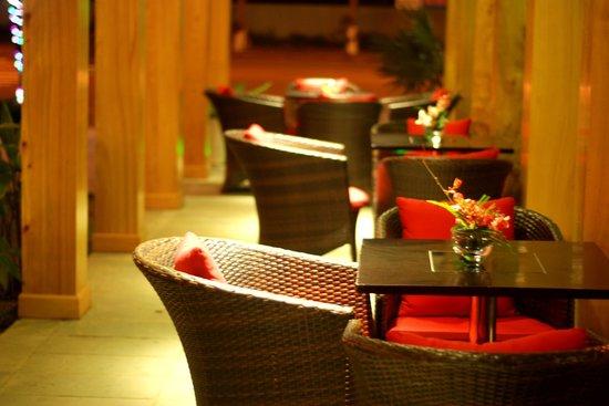 Sun Ocean Cafe & Restaurant: at the garden