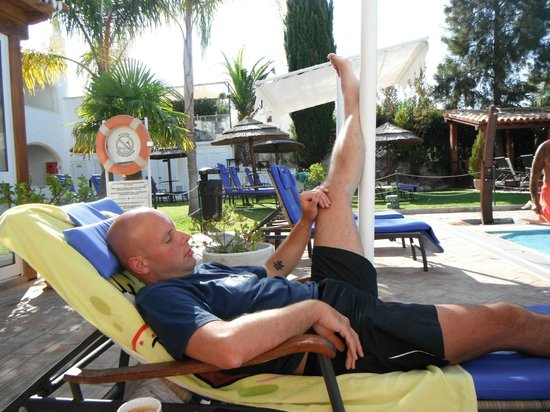 Cerro da Marina Hotel: resting the dodgy hip- more comfortable than it looks!