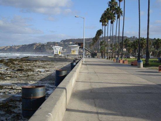 La Jolla Shores Hotel: пляж
