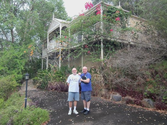 Cooroy Country Cottages: Outside cottage No.2.