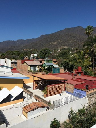Hotel Casa Blanca: View from the top deck