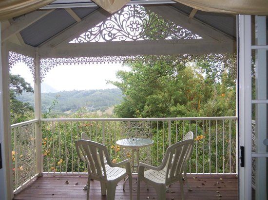 Cooroy Country Cottages: View from cottage No.2.