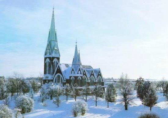 Amarillo : Iglesia ortodoxa Joensuu
