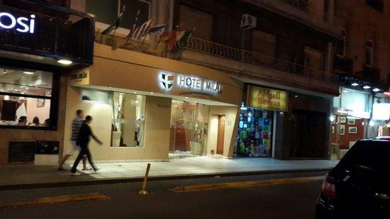 Hotel Milan: Una buena opción para pasar unos días en Buenos Aires.