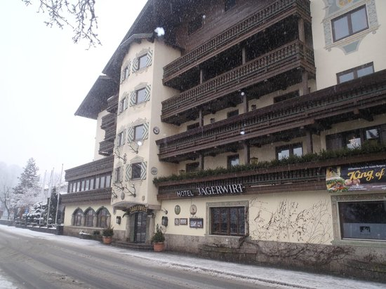 Jägerwirt Hotel: Front of the Hotel