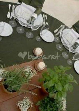Parador de Vic-Sau : montaje banquete