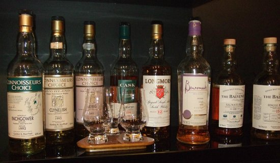 The Cross at Kingussie: Extensive malt whisky collection
