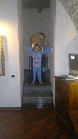 Relais Ducale Hotel : Antibagno della suite Agnesina