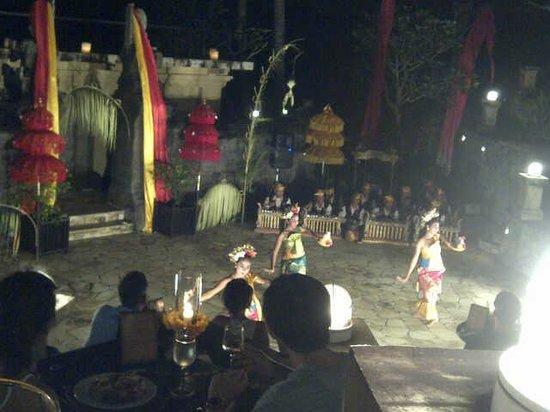 Pan Pacific Nirwana Bali Resort : legong dance