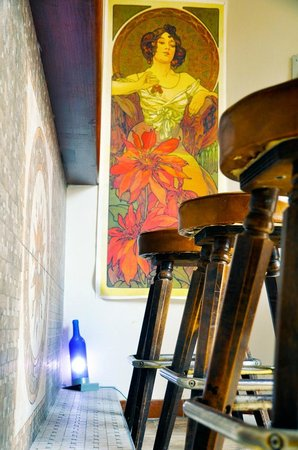 Riva Hostel: Bar detail