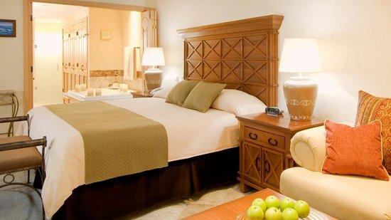 Villa La Estancia : Three Bedroom Penthouse