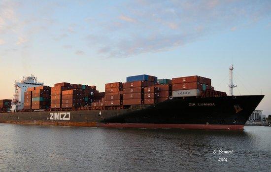 River Street Savannah: Cargo ship leaving the port