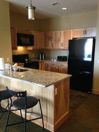 Jay Peak Resort: kitchen in 1 bedroom king suite Hotel Jay