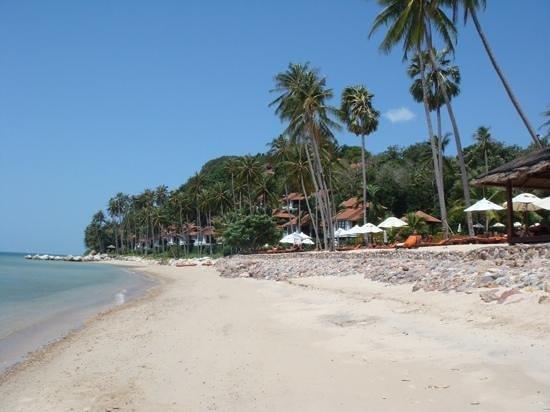 Belmond Napasai: la plage de sable blanc