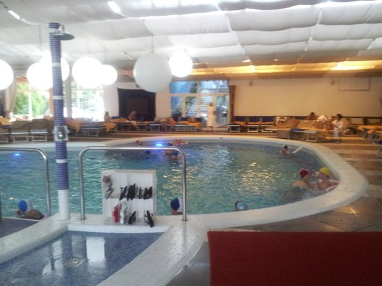 Hotel Mioni Royal San: piscina interna