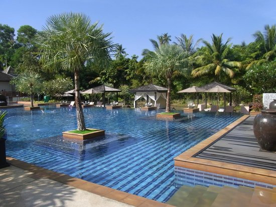 Marriott's Mai Khao Beach - Phuket: Beautiful pool.