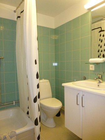 Golden Circle Apartments : Salle de bains