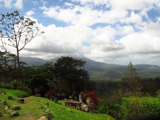 Heliconias Lodge: vistas desde el hotel