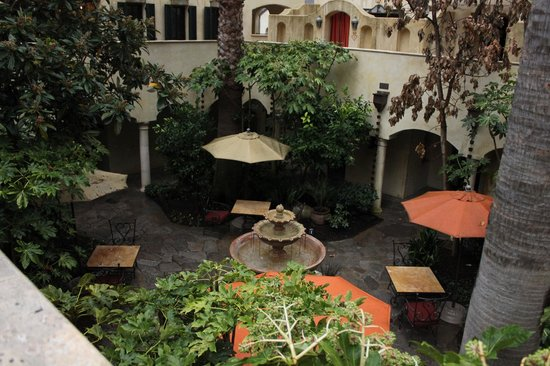 Kenwood Inn and Spa, A Four Sisters Inn : Kenwood Courtyard