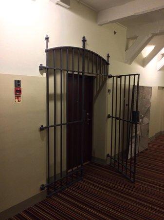 Hotel Katajanokka: вход в номер