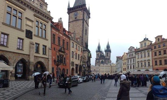Hunger Wall Residence: Praga