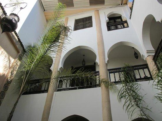 Riad Mur Akush: Main foyer