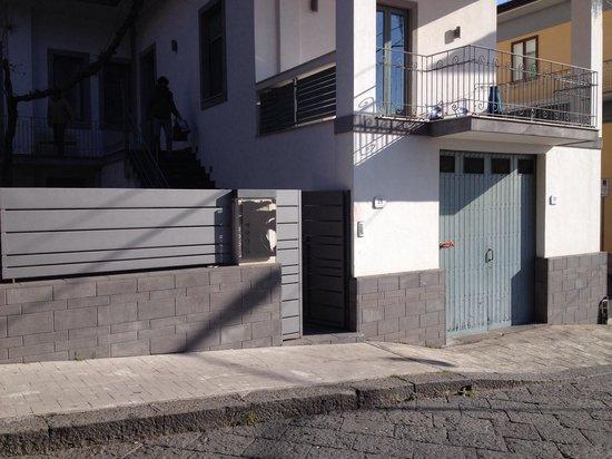 Etna GloB&B: Ingresso