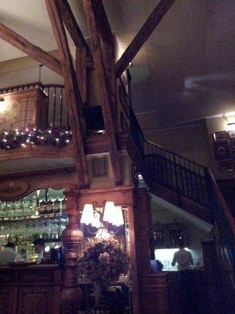 Stary Dom Restaurant : intérieur du restaurant
