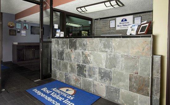 Americas Best Value Inn-Independence-Kansas City : Lobby