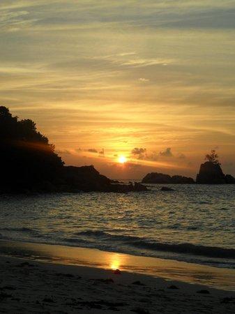 Anse Soleil Beachcomber: Sunset