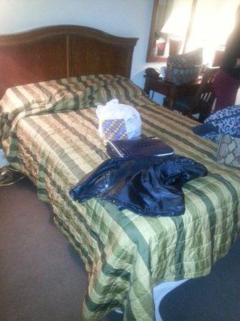 "Hotel Pennsylvania New York: ""King"" bed"