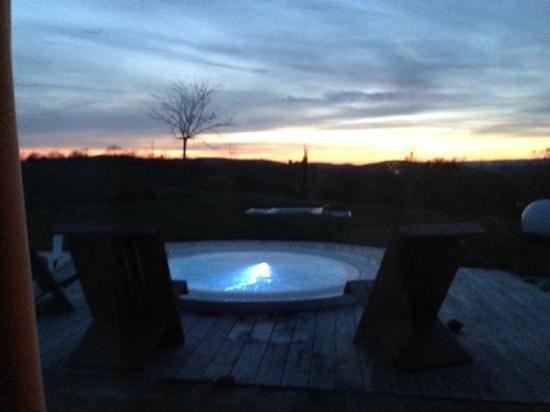Agriturismo La Bell'Antiglia: idro con tramonto
