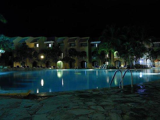 Casa Marina Beach & Reef : Beach resort