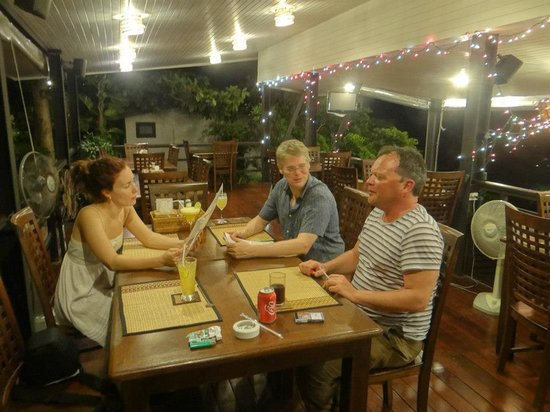 Chintakiri Resort : Friends of ours on their honeymoon joined us here
