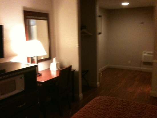 Knights Inn Anaheim: room