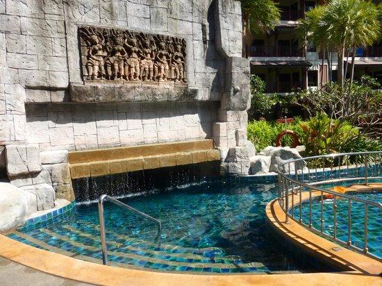 Kata Palm Resort & Spa: autour de la piscine