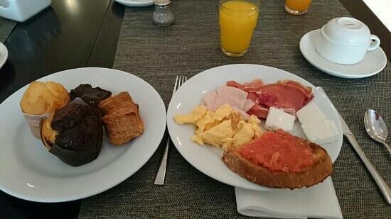 Grupotel Gran Via 678 : desayuno buffet