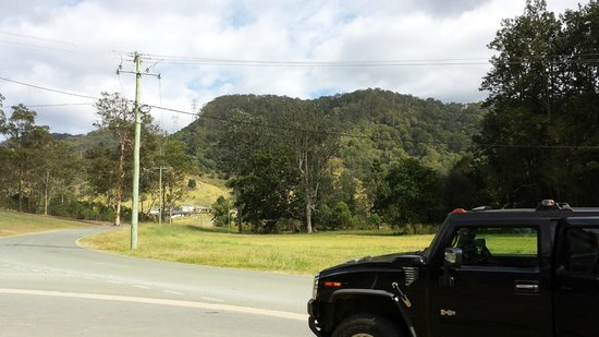Hummer Safari 4WD Adventure Day Tours : A stop along the way