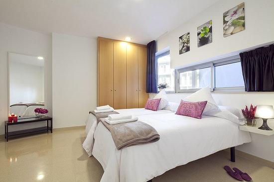 Charmsuites Nou Rambla Apartments: Habitación 1