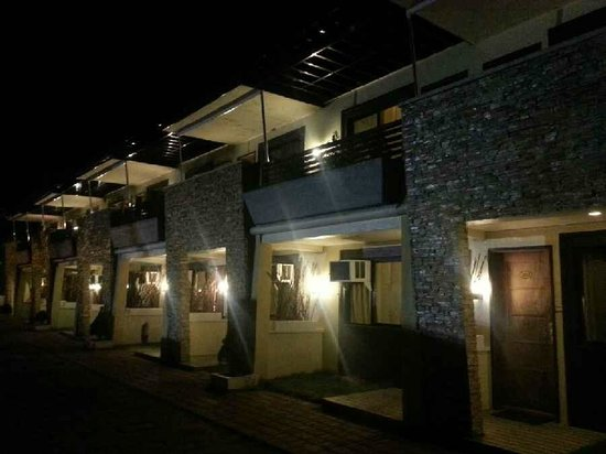 Subic Grand Seas Resort: Our rooms