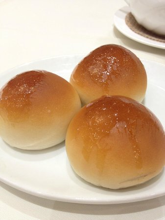 Happy Harbor Restaurant: cha siu bao