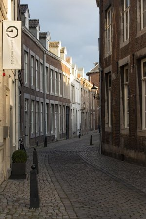 Hotel Dis : Tafelstraat