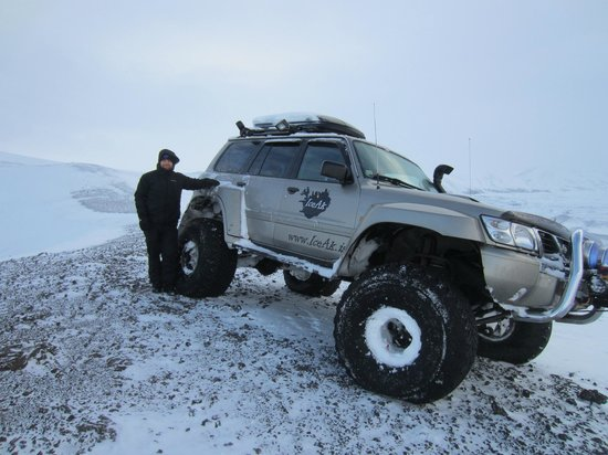 IceAk - Super Jeep Tours: Top of Ludent