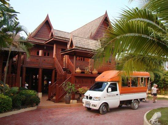 Jaidee Resort: shuttle