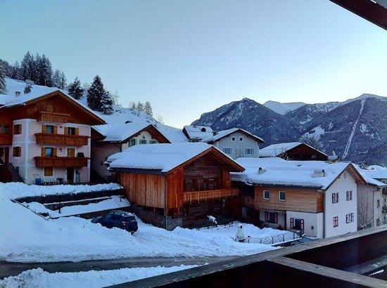 Hotel Miramonti : vista dalla stanza dotata di balcone