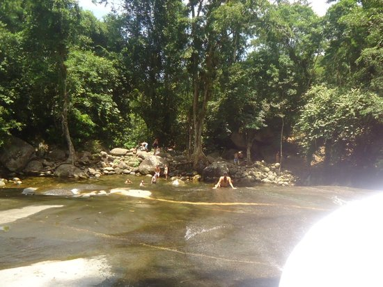 Toboga Falls: Descendo o tobogã